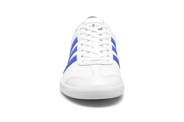Baskets Adidas Originals Hamburg Blanc vue portées chaussures