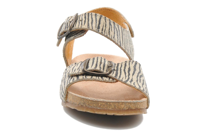 Sandales et nu-pieds PèPè Zebra Beige vue portées chaussures