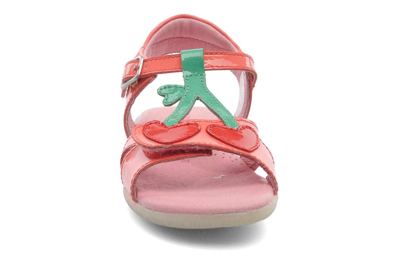 Sandales et nu-pieds Agatha Ruiz de la Prada Cereza Rose vue portées chaussures