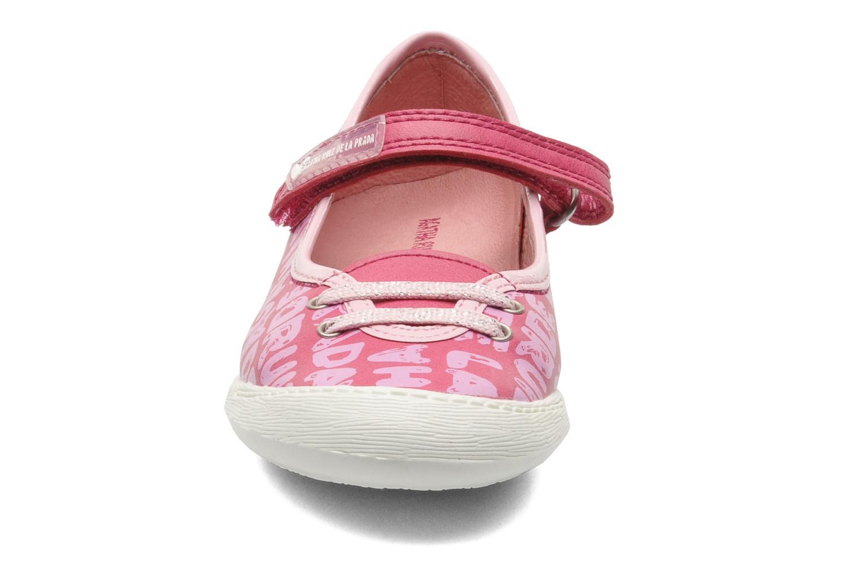 Ballerinaer Agatha Ruiz de la Prada Sandra Pink se skoene på