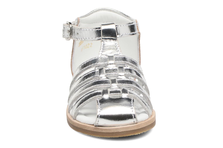 Sandali e scarpe aperte Mod8 Arcade Argento modello indossato