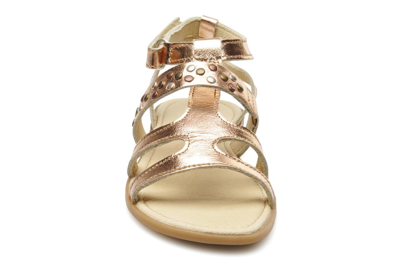 Sandales et nu-pieds Mod8 JADE Rose vue portées chaussures
