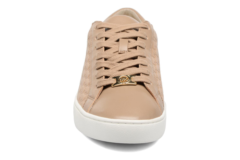 Baskets Michael Michael Kors Colby Sneaker Vert vue portées chaussures