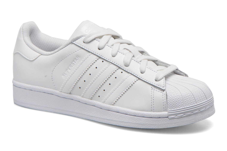 Baskets Adidas Originals Superstar Foundation J Blanc vue détail/paire