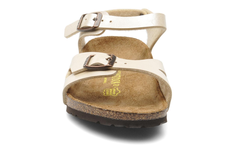 Sandales et nu-pieds Birkenstock Rio Flor Beige vue portées chaussures
