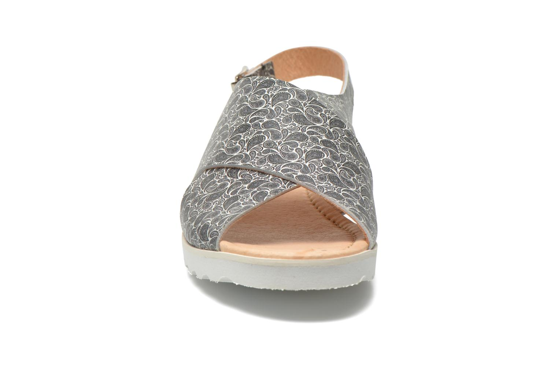 Sandales et nu-pieds Yep Benny Noir vue portées chaussures