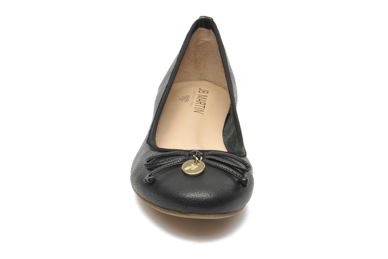 Ballerines JB MARTIN Figora Noir vue portées chaussures