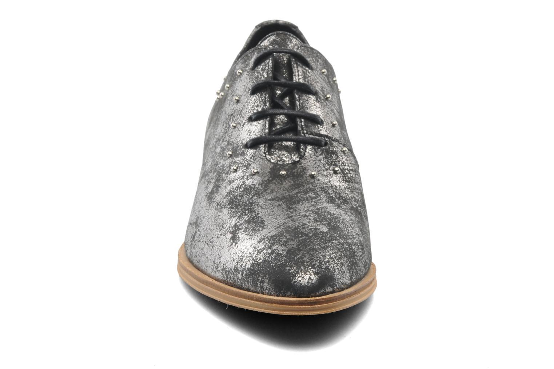 Chaussures à lacets Schmoove Woman Velours Studs Noir vue portées chaussures