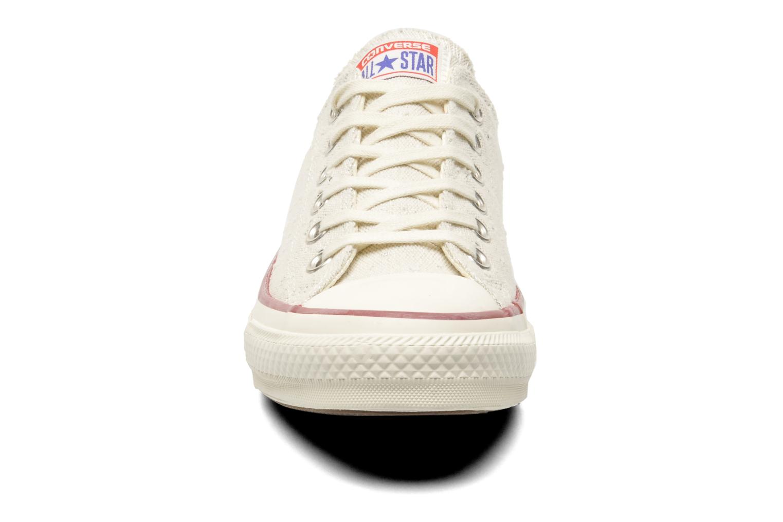 Baskets Converse Chuck Taylor All Star Lurex Sparkle Ox W Beige vue portées chaussures