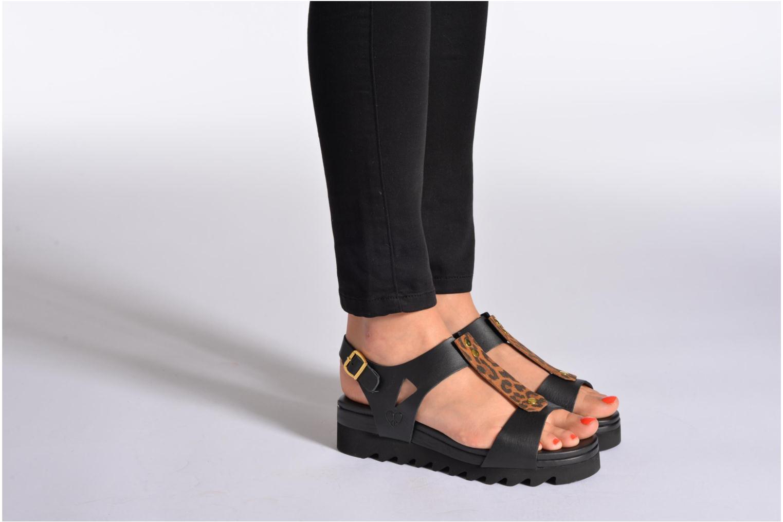 Sandales et nu-pieds Dolfie Mika Blanc vue bas / vue portée sac