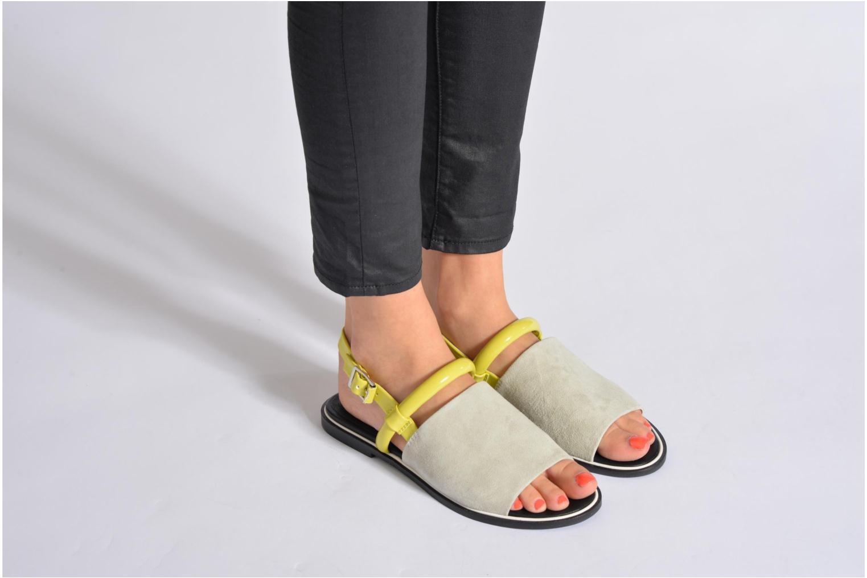 Sandales et nu-pieds Shellys London SALVANT Noir vue bas / vue portée sac