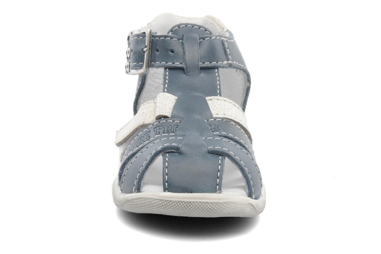 Sandales et nu-pieds GBB IBERE Bleu vue portées chaussures