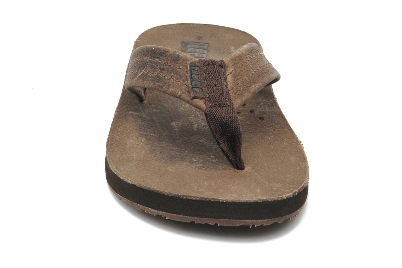 Tongs Reef Draftsmen Marron vue portées chaussures