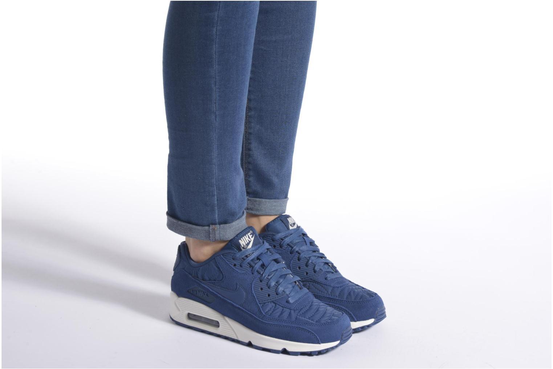 Baskets Nike Wmns Air Max 90 Prem Bleu vue bas / vue portée sac