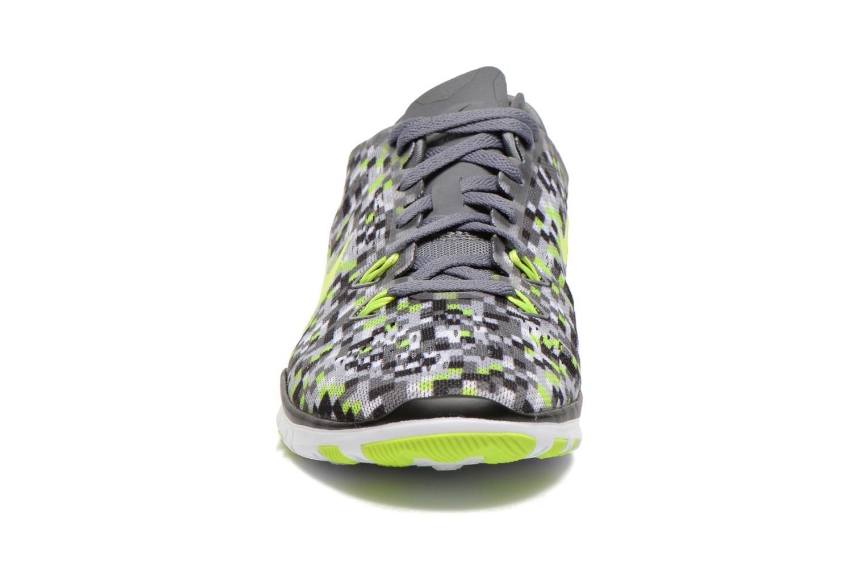 Chaussures de sport Nike Wmns Nike Free 5.0 Tr Fit 5 Prt Gris vue portées chaussures