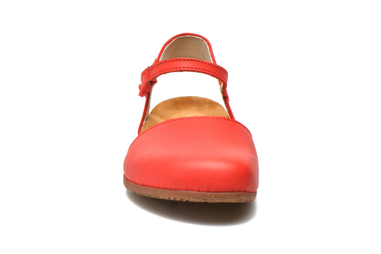 Sandales et nu-pieds El Naturalista Wakataua N412 Rouge vue portées chaussures