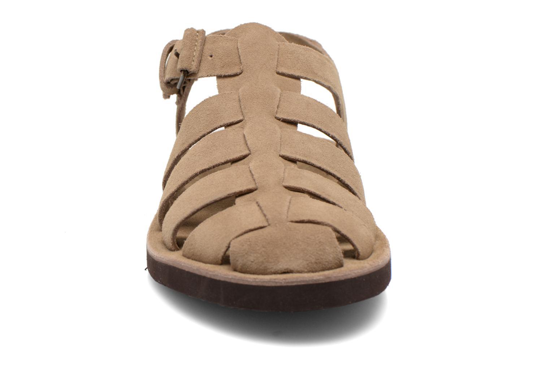 Sandales et nu-pieds Kickers Bresty Beige vue portées chaussures