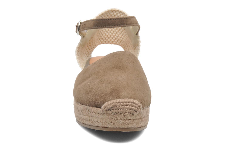 Sandales et nu-pieds Georgia Rose Inan Marron vue portées chaussures