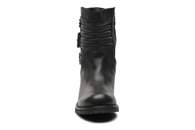 Ankle boots Koah Agnes Black model view