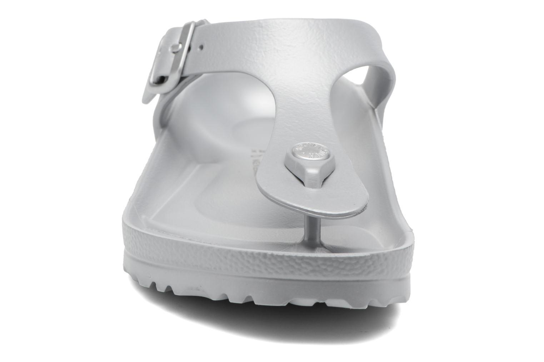 Sandali e scarpe aperte Birkenstock Gizeh EVA W Grigio modello indossato