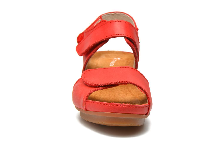Sandales et nu-pieds El Naturalista Code ND20 Rouge vue portées chaussures