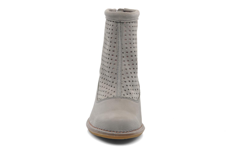 Ankle boots El Naturalista Colibri N467 Grey model view