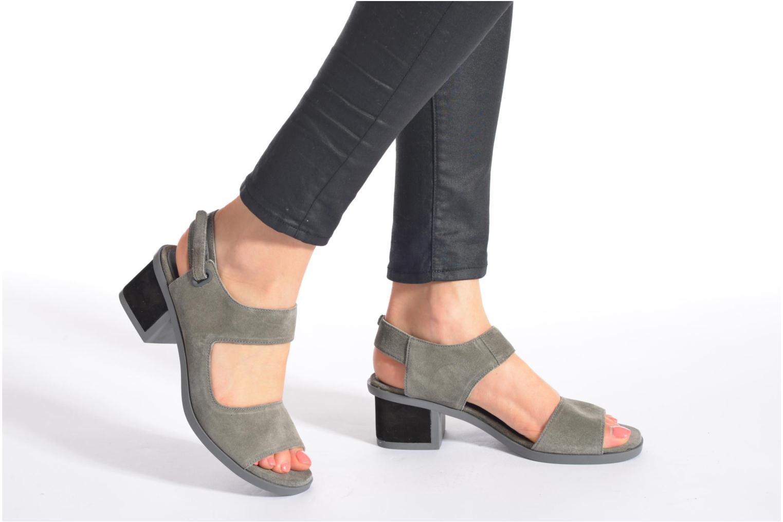 Sandales et nu-pieds Camper Maude 22527 Noir vue bas / vue portée sac