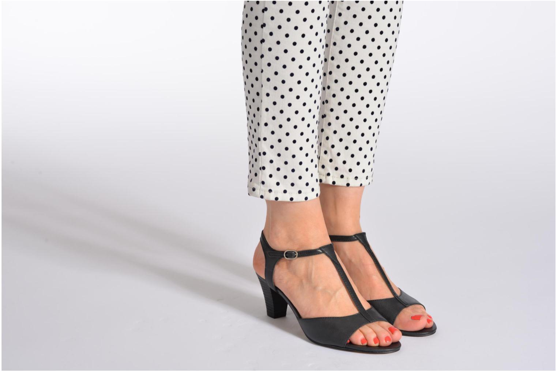 Sandalen Esprit Tessa Sandal 020 schwarz ansicht von unten / tasche getragen