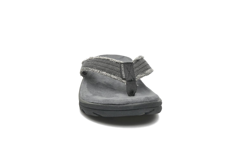 Tongs Skechers Supreme Bosnia 64152 Gris vue portées chaussures