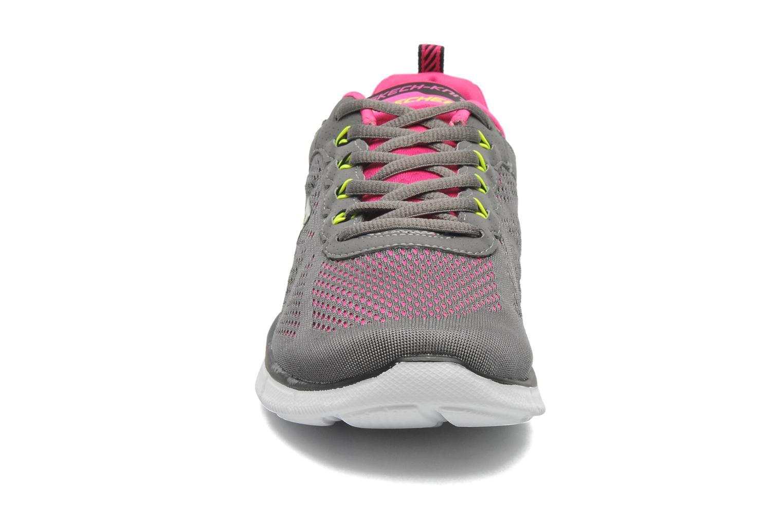 Sneaker Skechers Equalizer New Milestone 11897 grau schuhe getragen