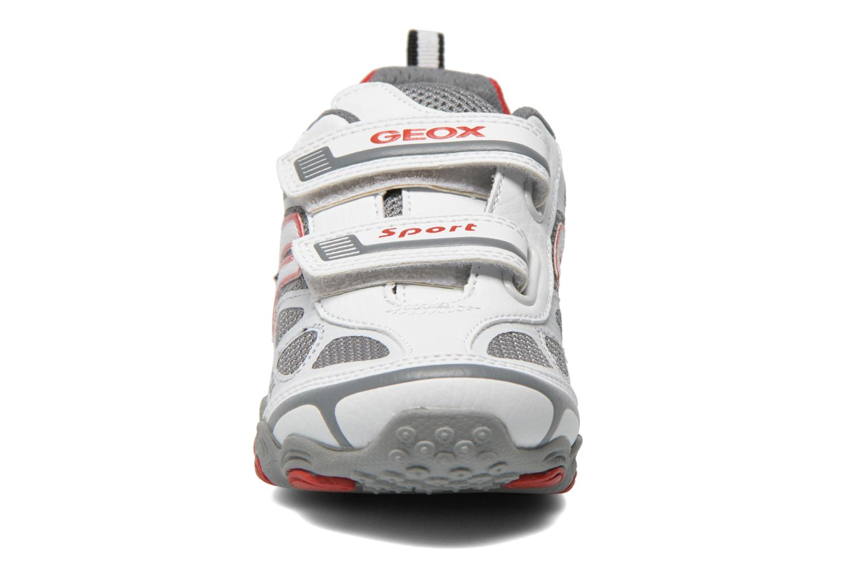 Baskets Geox J Tornado A J52F1A Blanc vue portées chaussures