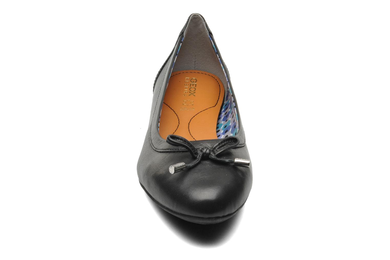 Ballerines Geox D CHARLENE A D32Y7A Noir vue portées chaussures