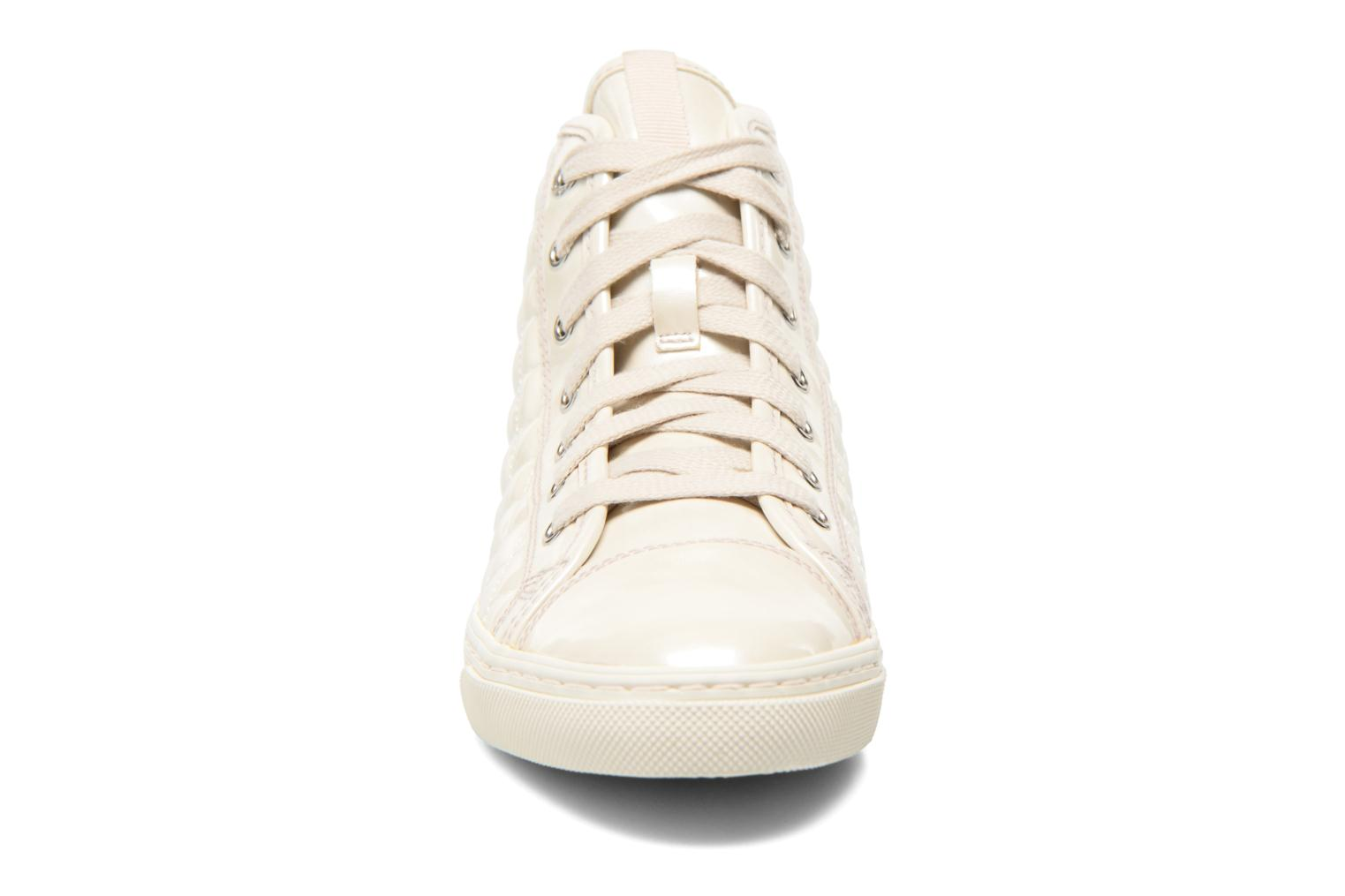 Sneakers Geox D NEW CLUB A D4258A Bianco modello indossato
