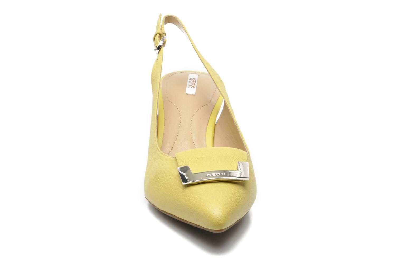 Escarpins Geox D ELINA D D52P8D Jaune vue portées chaussures