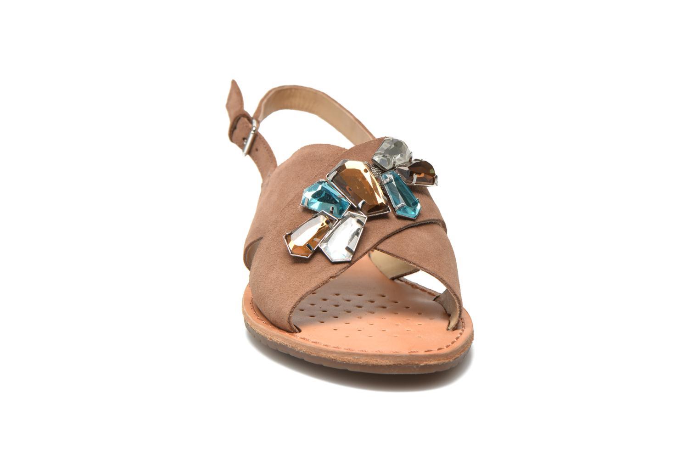 Sandales et nu-pieds Geox D JOLANDA C D5275C Marron vue portées chaussures