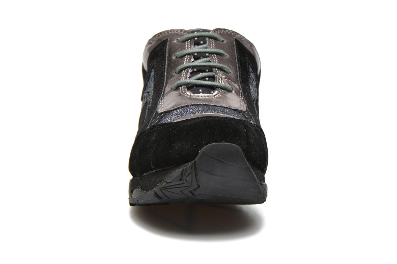 Baskets Irregular Choice ICED Big Bolt PE15 Noir vue portées chaussures