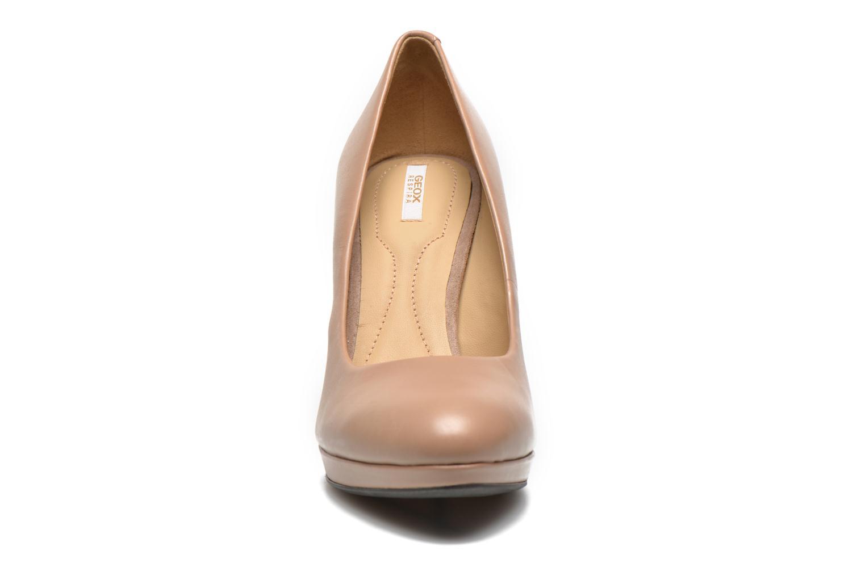 Escarpins Geox D Mariele Plat H F D34W8F Beige vue portées chaussures