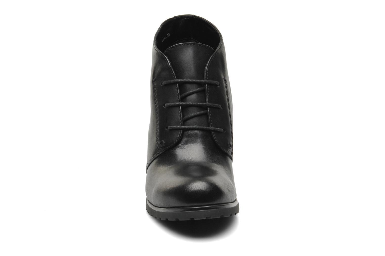 Ankelstøvler Geox Donna Trish ABX A D44Y1A Sort se skoene på