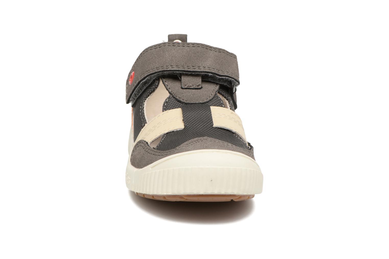 Chaussures à scratch Kickers ZIGUERO Gris vue portées chaussures