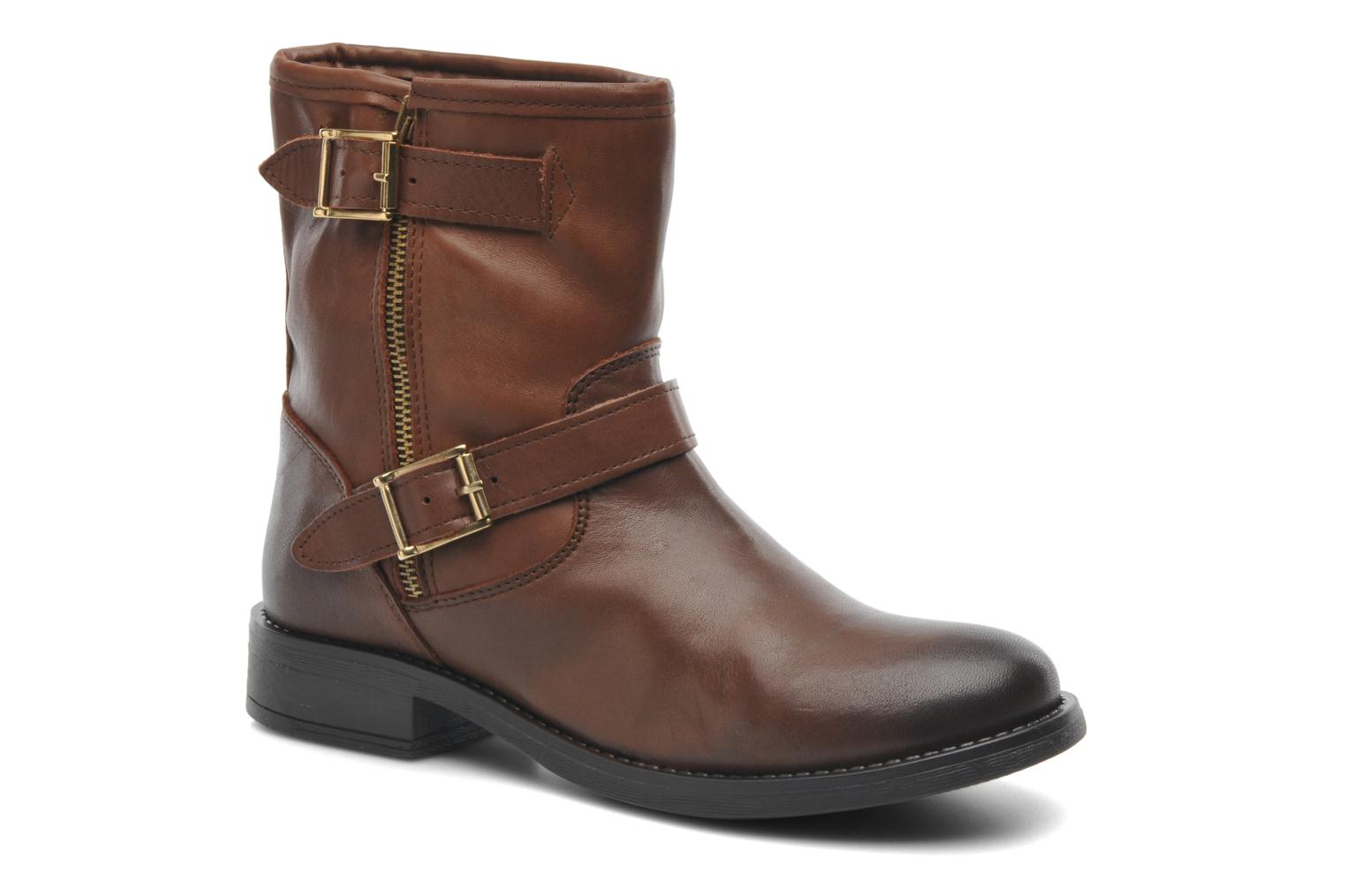 Iza Leather Zipper Boot Cognac