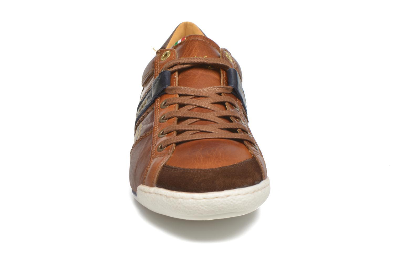 Baskets Pantofola d'Oro Pesaro Piceno Low Men Marron vue portées chaussures