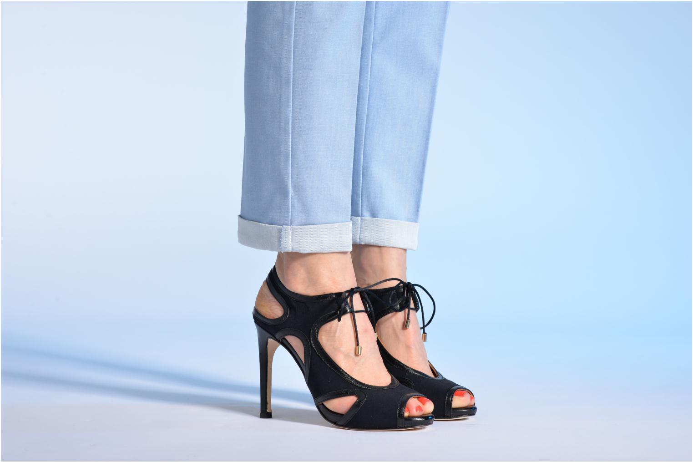 Sandalen Made by SARENZA Guimauve #1 schwarz ansicht von unten / tasche getragen