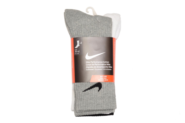 Chaussettes et collants Nike (Pack de 3) Chaussettes Nike Cushion Crew Hautes Noir vue portées chaussures