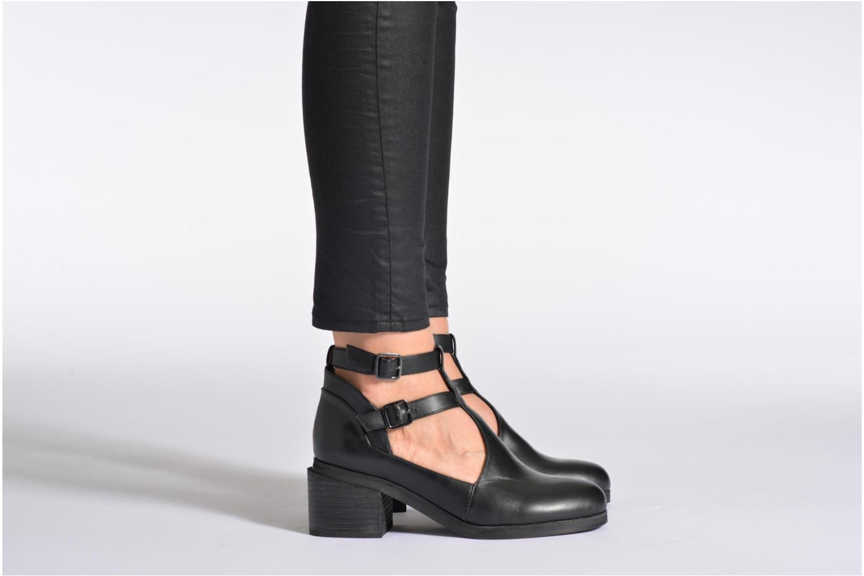 Bottines et boots Intentionally blank Clarke Noir vue bas / vue portée sac