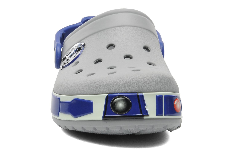 Sandales et nu-pieds Crocs CBStarWarsR2D2Clog Gris vue portées chaussures