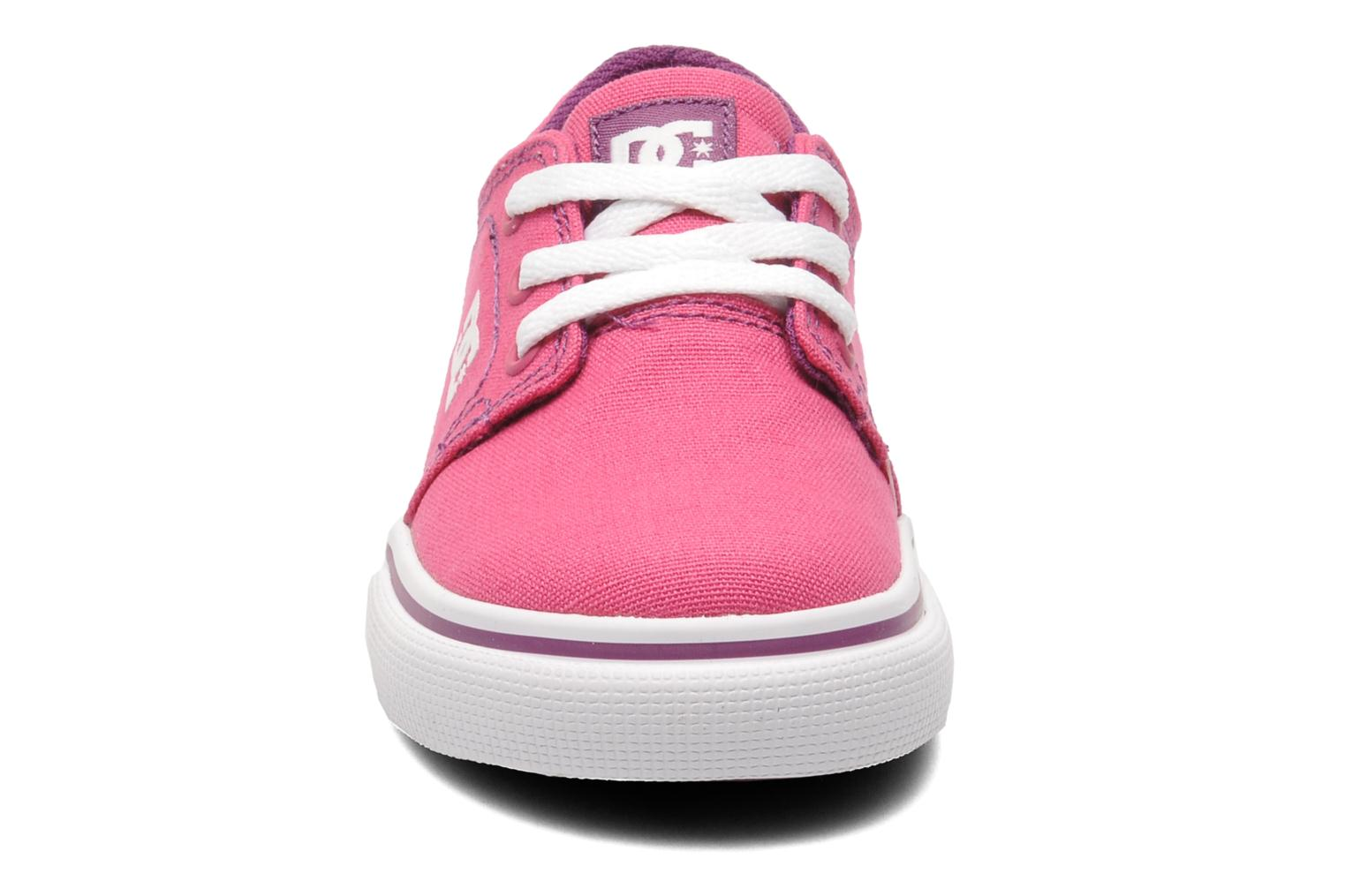 Sneakers DC Shoes TRASE TX Toddler Rosa modello indossato