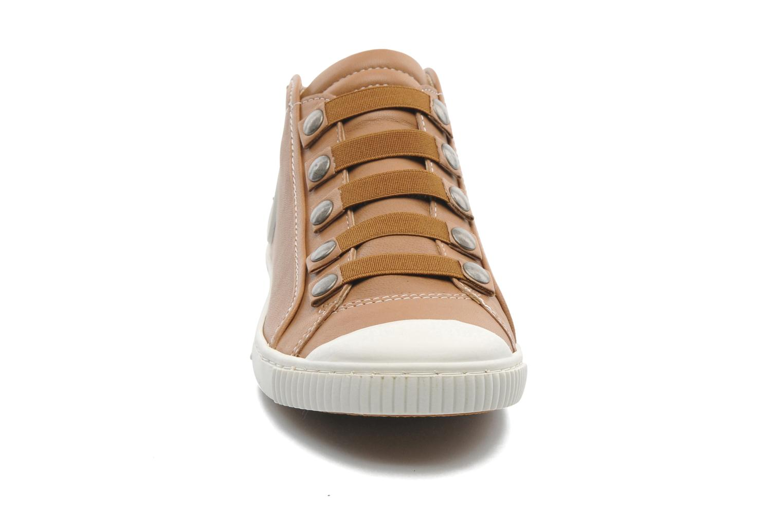 Baskets Pataugas Barth Marron vue portées chaussures