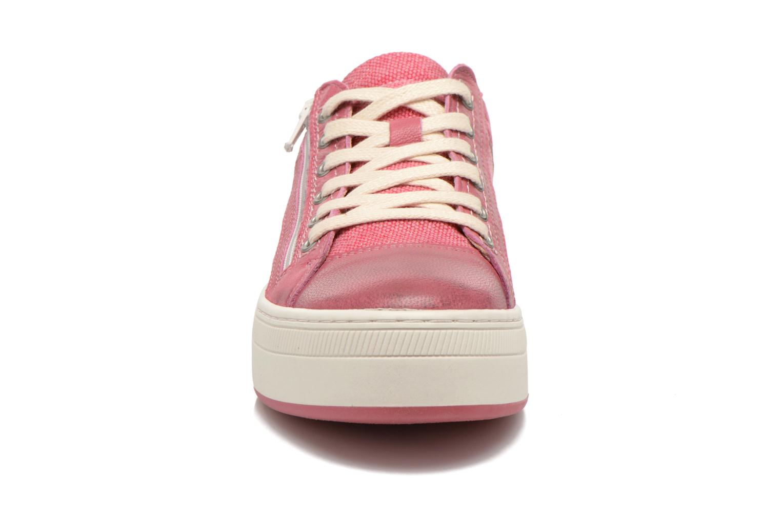 Trainers Pataugas Pix Pink model view
