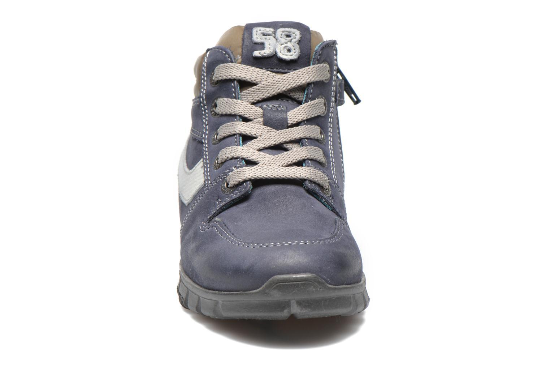 Sneaker Stones and Bones BACCO blau schuhe getragen