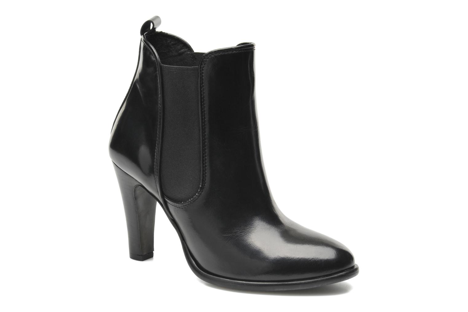 Ankle boots Buffalo Laura Black detailed view/ Pair view